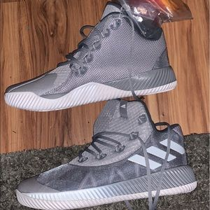 MENS NEW ADIDAS SNEAKERS SIZE 11.5